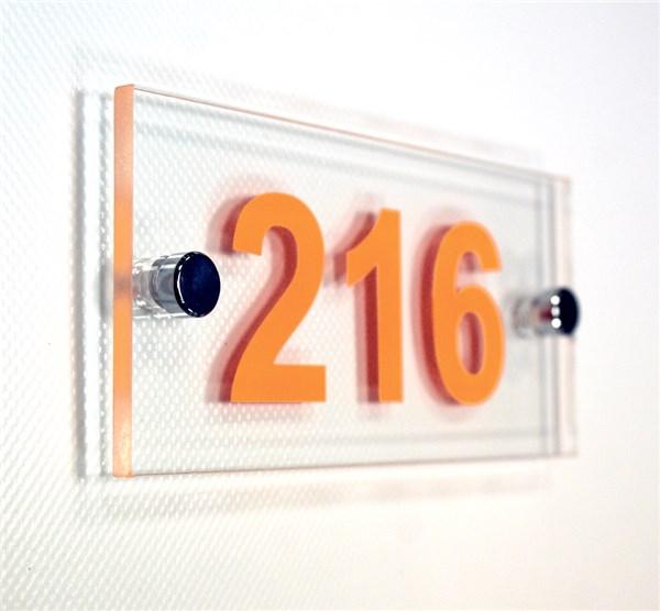 Num ro de chambre gamme h tel avec entretoises direct for Hotel numero