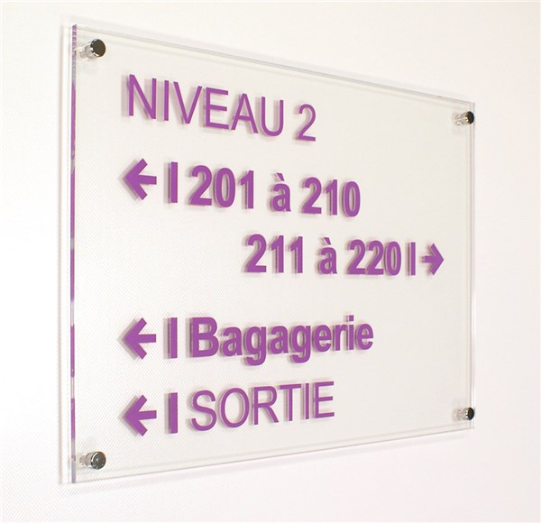 plaque directionnelle a3 gamme h tel avec entretoises direct signal tique. Black Bedroom Furniture Sets. Home Design Ideas