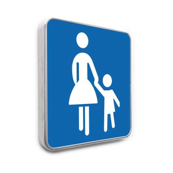 panneau parking r serv aux familles bleu direct signal tique. Black Bedroom Furniture Sets. Home Design Ideas