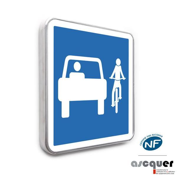 panneau partageons la route entre v los et voitures direct signal tique. Black Bedroom Furniture Sets. Home Design Ideas