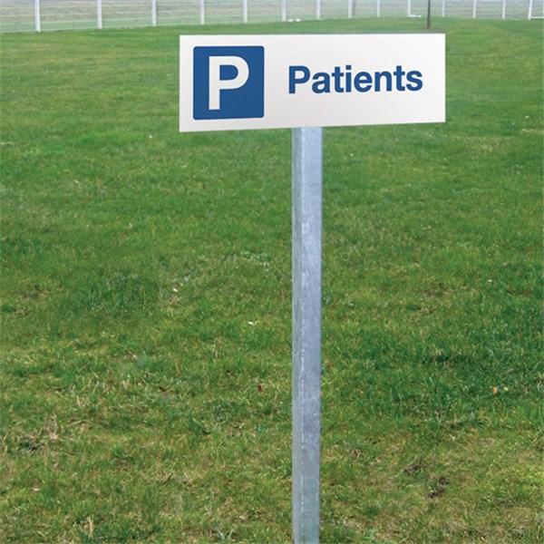 kit de panneau de parking patients en aluminium plat direct signal tique. Black Bedroom Furniture Sets. Home Design Ideas