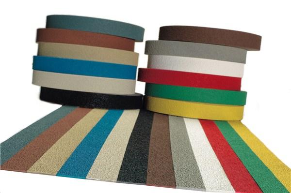 bande adh sive antid rapante pour nez de marche rouleau de 10 m larg 40 mm direct. Black Bedroom Furniture Sets. Home Design Ideas