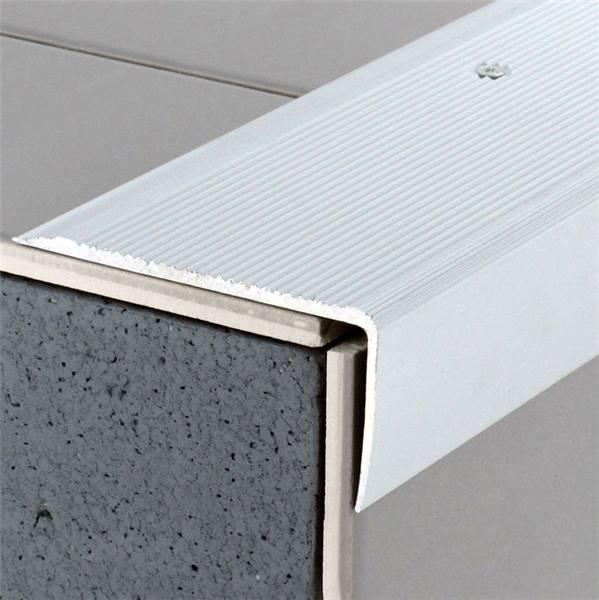 nez de marche m tallique perc longueur 3 m direct signal tique. Black Bedroom Furniture Sets. Home Design Ideas