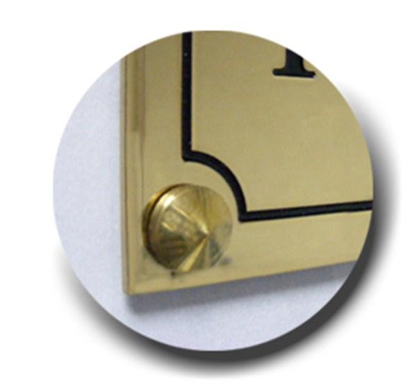 plaque de porte grav e en laiton direct signal tique. Black Bedroom Furniture Sets. Home Design Ideas