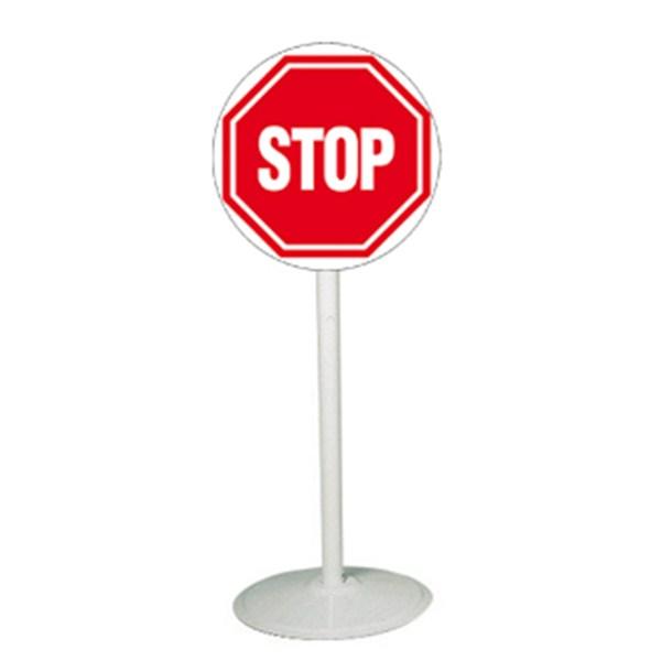Poteau mobile avec panneau stop direct signal tique - Prix d un panneau stop ...