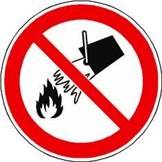 Panneau interdiction d´éteindre avec l´eau ISO 7010 - P011