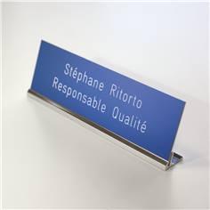 Etiquette gravée sur porte-plaque de table - H 60 x L 200 mm
