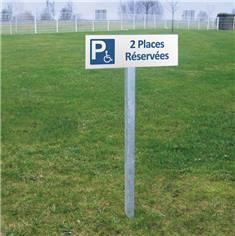 Panneau de Parking avec le nombre de places Réservées aux Handicapés - H 150 x L 450 mm - Alu dibond 2 mm