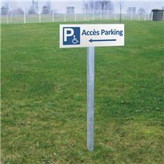 Panneau de Parking Réservé aux Handicapés vers la gauche - H 150 x L 450 mm - Alu dibond 3 mm