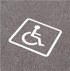 Pochoir handicapé pour marquage de parking - Picto 300 x 250 mm - Cadre 600 x 600 mm