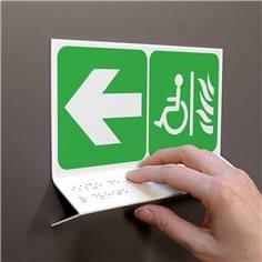 Support tactile en braille - Espace d´attente sécurité à gauche