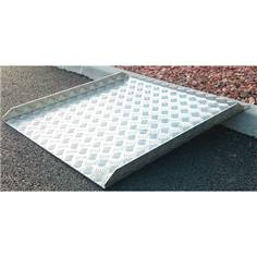 Rampe de seuil en aluminium avec rebords - largeur 750 mm