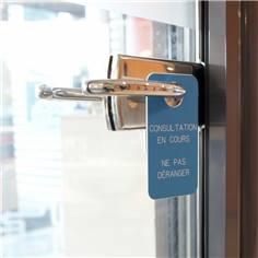Etiquette de poignée de  porte gravée - Consultation en cours - 70 x 130 mm