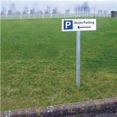 Panneau directionnel vers la gauche Accès au parking - H 150 x L 450 mm - Alu dibond 3 mm