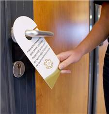 Accroche-porte personnalisé pour chambre d´hôtel - En papier glacé