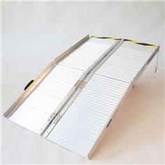 Rampe d'accès pliable en aluminium