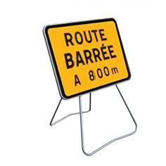 Panneau Route barrée avec disque sur pied solidaire - 600 x 800 mm - Classe 1 - KC1 RB