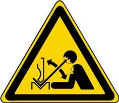Panneau Danger Déplacement rapide de la pièce à mettre dans une presse plieuse ISO 7010 - W032