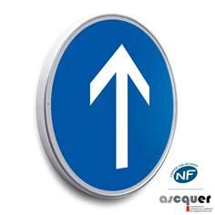 Panneau Direction tout droit obligatoire - B21b