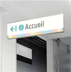 Suspension signalétique avec fixation plafond - gamme Odigos Acier et acrylique