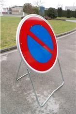 Panneau Temporaire Interdiction de Stationner sur Pied solidaire - BK6a1