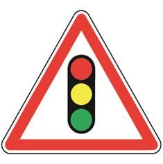 Panneau de danger Feux tricolores - A17